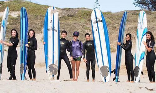 Englischkurs und Surfen für Schüler in den USA
