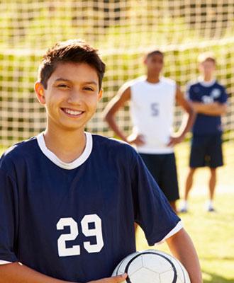 Sprachreisen für Kinder mit Tennis, Fussball, Reiten