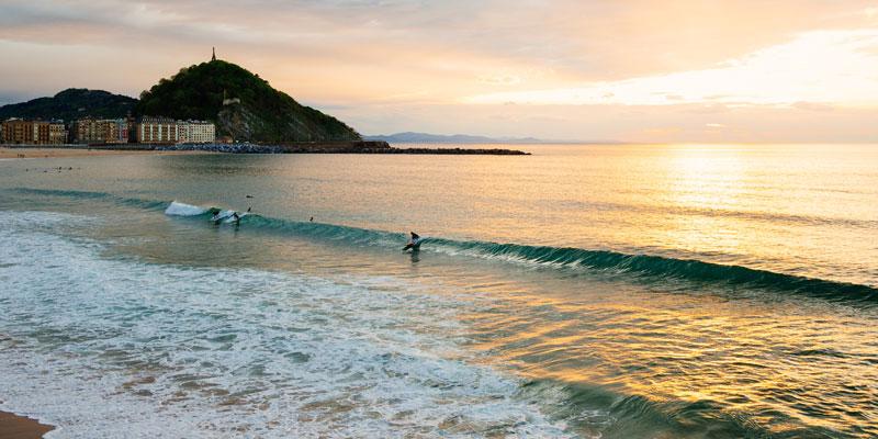 Spanischkurs und Surfen in San Sebastian für Erwachsene